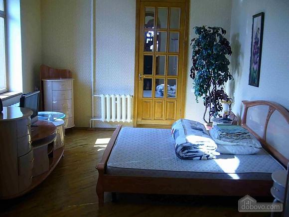 Big comfortable house, Six (+) chambres (34671), 001