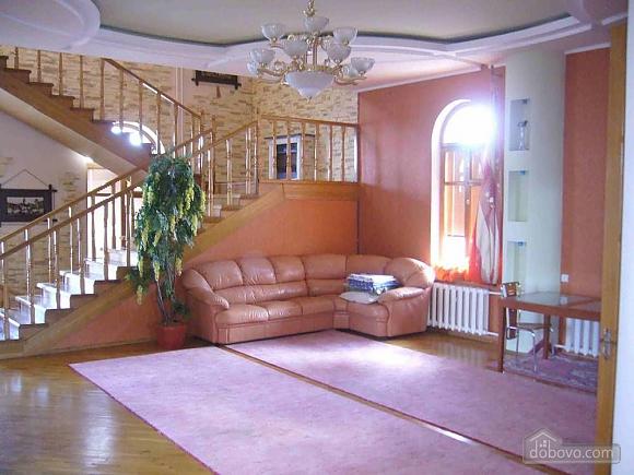Big comfortable house, Six (+) chambres (34671), 013