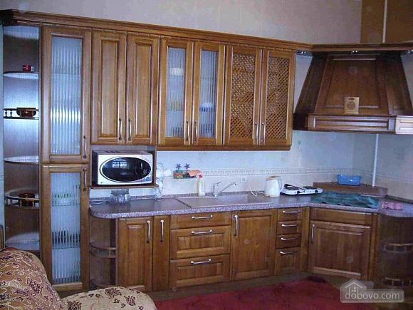 Big comfortable house, Six (+) chambres (34671), 014