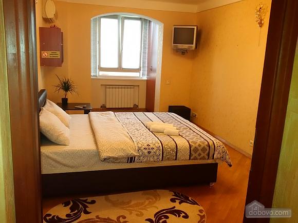 Апартаменты возле метро Левобережная, 2х-комнатная (49621), 001