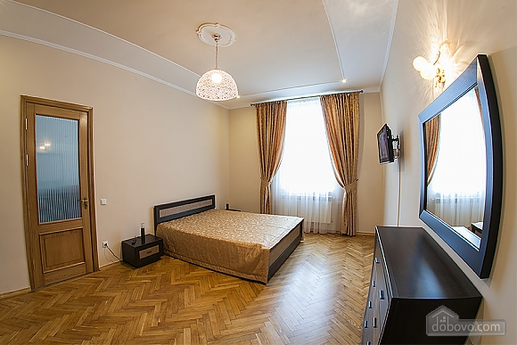 VIP-apartments in 7 minutes from Rynok square, One Bedroom (30511), 001