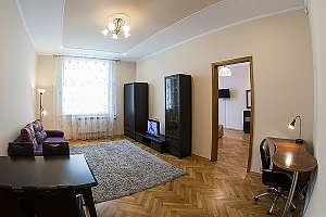 VIP-apartments in 7 minutes from Rynok square, One Bedroom, 004