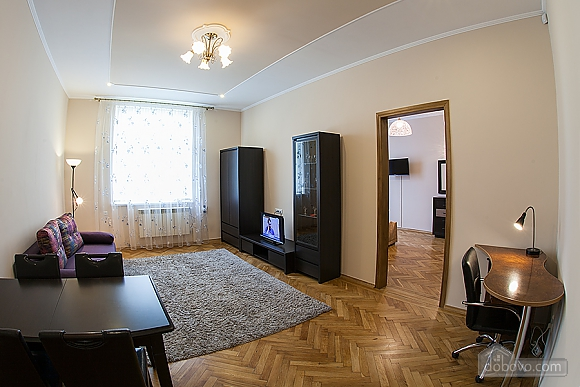 VIP-apartments in 7 minutes from Rynok square, One Bedroom (30511), 004