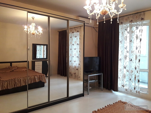 Apartment in Odessa, One Bedroom (80294), 004