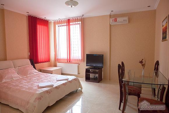 Cozy apartment in Odessa, Zweizimmerwohnung (64800), 001