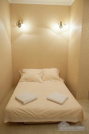 Cozy apartment in Odessa, Zweizimmerwohnung (64800), 003