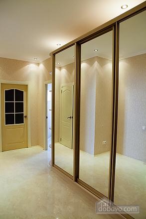 Cozy apartment in Odessa, Zweizimmerwohnung (64800), 007