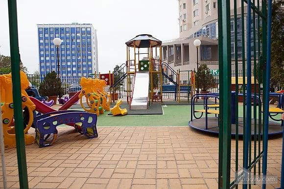 Cozy apartment in Odessa, Zweizimmerwohnung (64800), 011