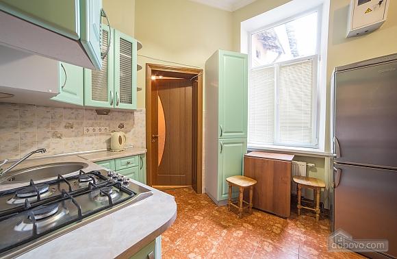 Апартаменты во Львове, 2х-комнатная (31553), 003