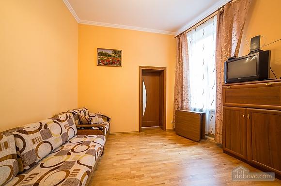 Апартаменты во Львове, 2х-комнатная (31553), 005