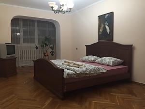 Затишна квартира, 2-кімнатна, 003