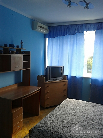 Хорошая квартира на Севастопольской площади, 2х-комнатная (99726), 002