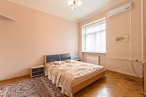 Apartment near Arsenalna metro station, Un chambre, 001