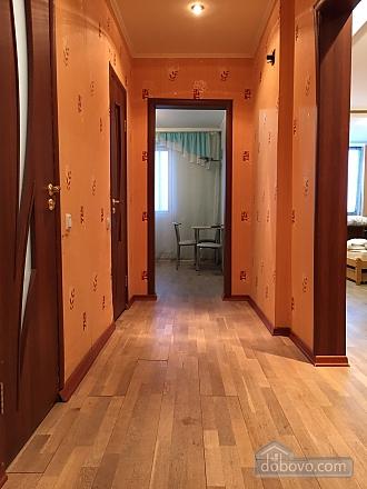 Apartment in Mega-City, Una Camera (13914), 011