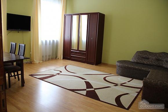 Затишна квартира, 2-кімнатна (96739), 001
