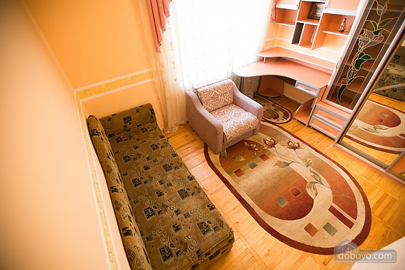 Relax in Lviv, Deux chambres (64098), 005