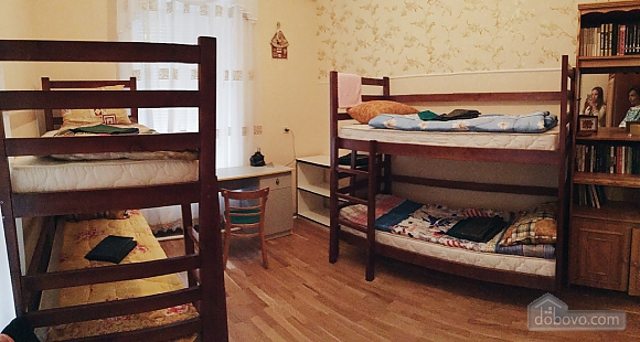 City Center hostel - a bed in a in quadruple room, Monolocale (42688), 001