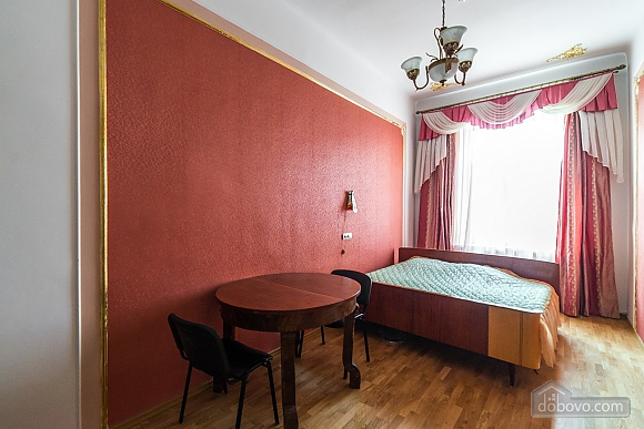 Apartment in classical style in the center of the city, One Bedroom (89127), 005