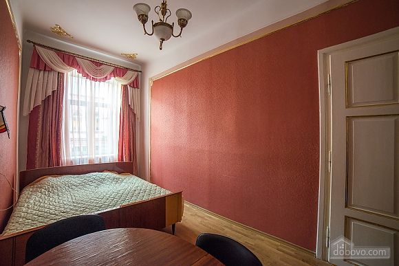 Apartment in classical style in the center of the city, One Bedroom (89127), 009