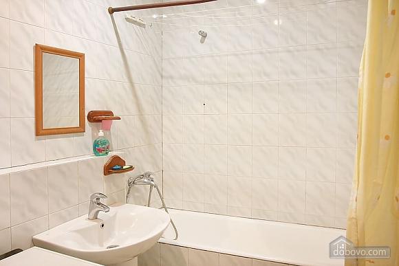 Уютная квартира на Подоле, 2х-комнатная (88930), 003