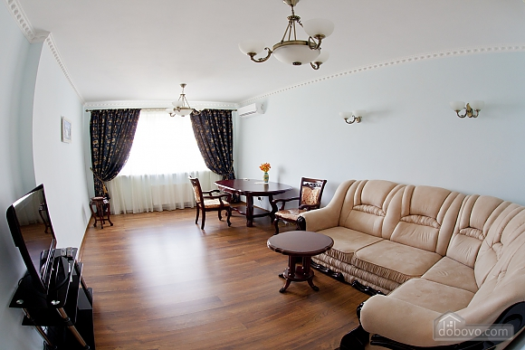 Cosy apartment with view on Dnipro river and Holosiivskyi wood, Two Bedroom (10251), 005