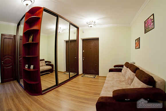 Cosy apartment with view on Dnipro river and Holosiivskyi wood, Two Bedroom (10251), 010