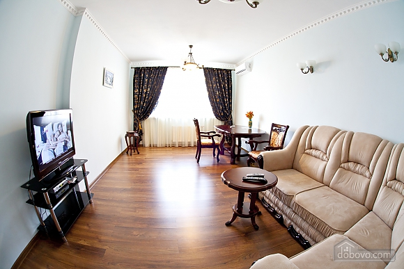 Cosy apartment with view on Dnipro river and Holosiivskyi wood, Two Bedroom (10251), 006