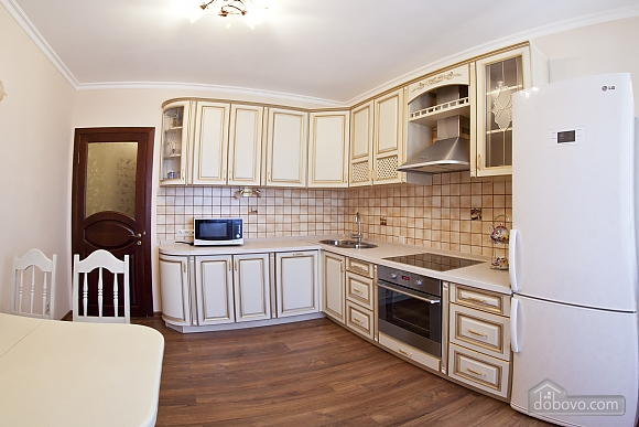Cosy apartment with view on Dnipro river and Holosiivskyi wood, Two Bedroom (10251), 016