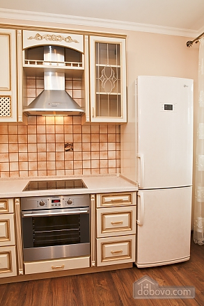 Cosy apartment with view on Dnipro river and Holosiivskyi wood, Two Bedroom (10251), 020