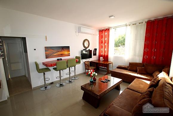 Уютная квартира возле Ассуты, 3х-комнатная (73509), 013