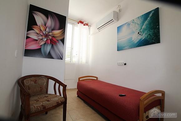 Уютная квартира возле Ассуты, 3х-комнатная (73509), 017