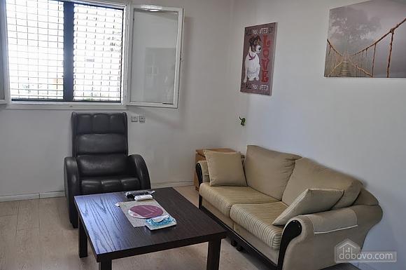 Cozy apartment near Assuta, One Bedroom (91567), 005