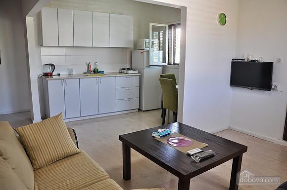 Cozy apartment near Assuta, One Bedroom (91567), 006