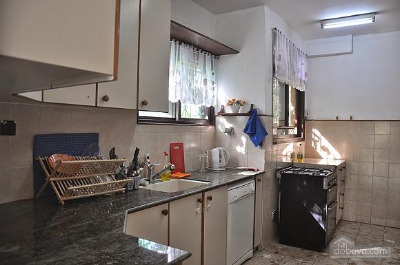 Квартира біля медичного центру Ассута, 3-кімнатна (81332), 010