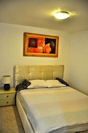 Комфортабельная квартира возле Ассуты, 2х-комнатная, 001