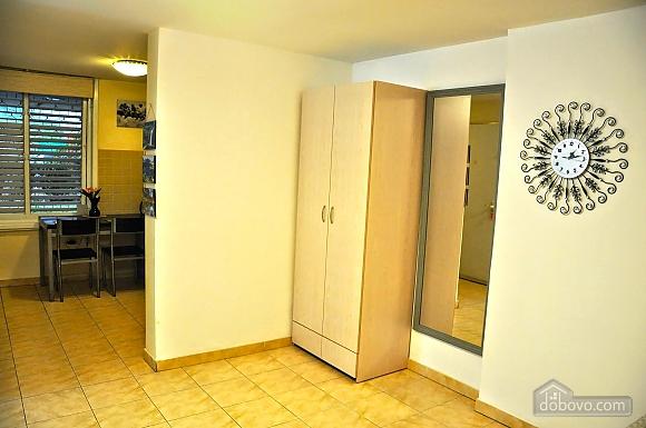 Комфортабельная квартира возле Ассуты, 2х-комнатная (75259), 016