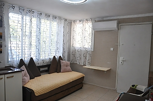 Cozy apartment in Tel Aviv near Assuty, One Bedroom, 004