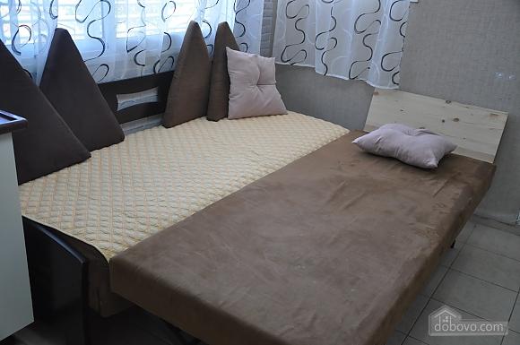 Уютная квартира в Тель-Авиве возле Ассуты, 2х-комнатная (22018), 011