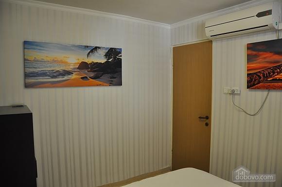 Уютная квартира в Тель-Авиве возле Ассуты, 2х-комнатная (22018), 014