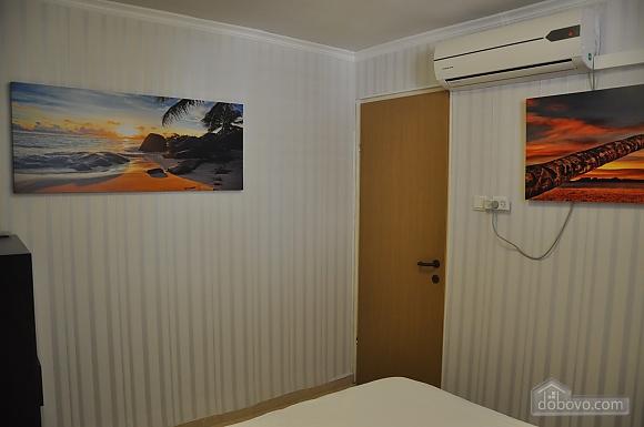Уютная квартира в Тель-Авиве возле Ассуты, 2х-комнатная (22018), 015