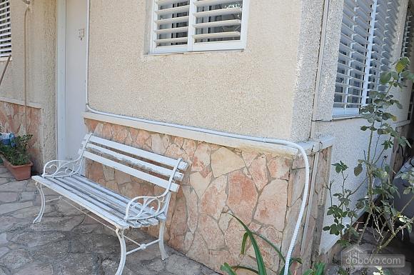 Уютная квартира в Тель-Авиве возле Ассуты, 2х-комнатная (22018), 020