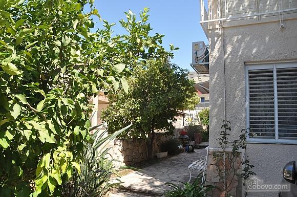 Уютная квартира в Тель-Авиве возле Ассуты, 2х-комнатная (22018), 023