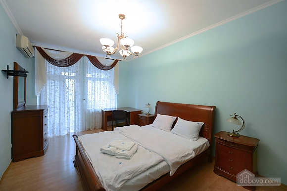 Cozy spacious and comfortable apartment in the center of Kiev, Zweizimmerwohnung (74734), 001