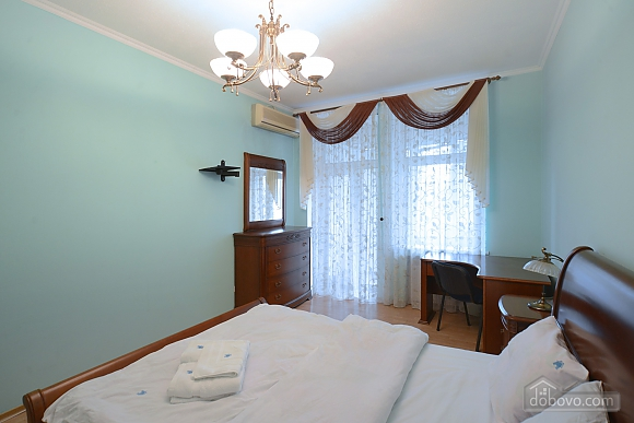 Cozy spacious and comfortable apartment in the center of Kiev, Zweizimmerwohnung (74734), 003