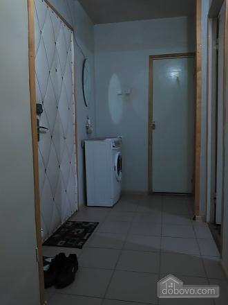 Уютная квартира рядом с лесом, 2х-комнатная (53866), 006