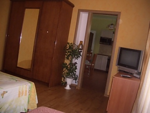 Separate apartment, One Bedroom, 002