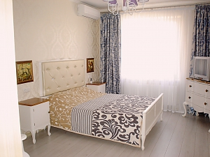 Beautiful apartment in residential complex Raiduzhnyi, Monolocale, 002