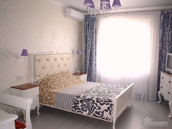Beautiful apartment in residential complex Raiduzhnyi, Monolocale (65704), 001