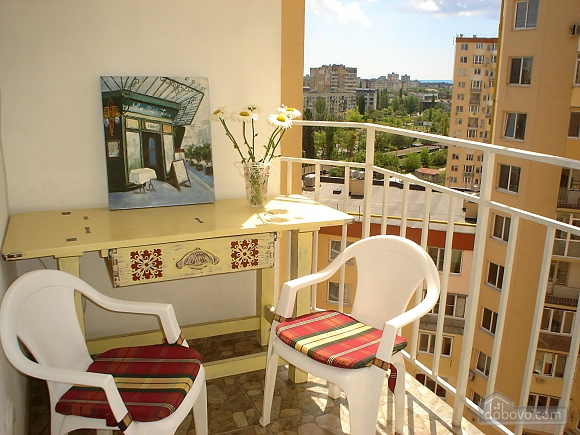 Красивая квартира в жилом комплексе Радужный, 1-комнатная (65704), 013