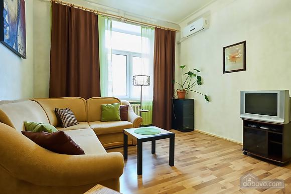 Уютная квартира возле Майдана, 2х-комнатная (56824), 012